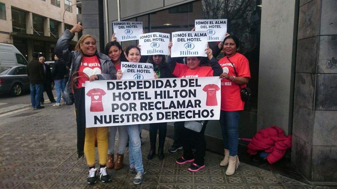 Despiden a cinco camareras de piso que denunciaron al hotel hilton por cesi n ilegal - Que cobra una camarera de pisos ...