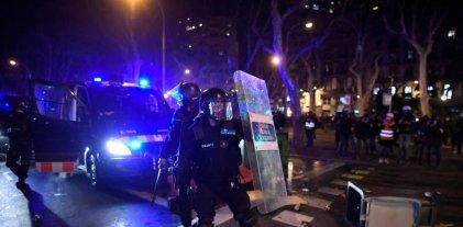 Estado español: otra noche de represión a las marchas por la libertad de Pablo Hasél