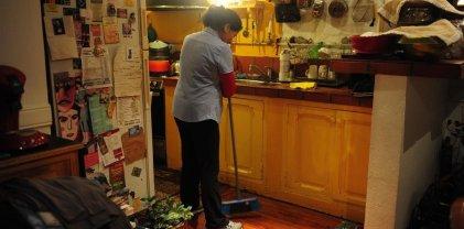 Para las trabajadoras domésticas el bono será de hasta $ 3.000 y en dos cuotas