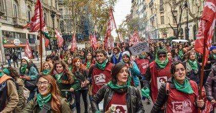 #8A: la docencia tiene que estar en las calles por el aborto legal