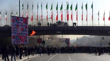 Irán: el levantamiento popular en respuesta a los ataques y ajustes de la República Islámica