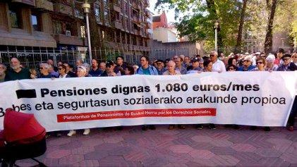 Los pensionistas vascos siguen en pie de guerra por pensiones públicas