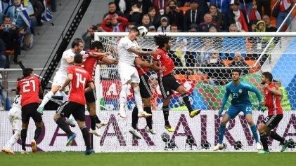 ¡Que no ni no! Triunfo de Uruguay en su debut ante Egipto