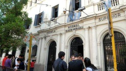 Salud en peligro: en Córdoba retiran asbesto de la escuela Garzón Agulla