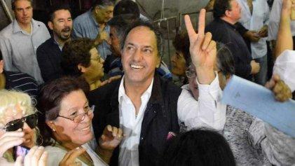 """Scioli eligió el Día de la Lealtad para """"traicionar"""": se mostrará con el PJ anti K y Massa"""