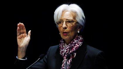 """Lagarde advirtió que el crecimiento global se encuentra en condiciones """"precarias"""""""