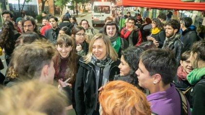 """Myriam Bregman: """"Los jóvenes tienen que ser la vanguardia en los temas ambientales"""""""