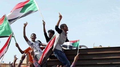 Los militares y la oposición acuerdan compartir el poder en Sudán