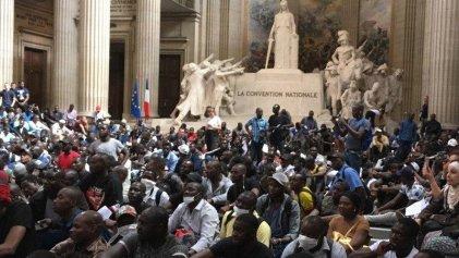Chalecos Negros: lucha contra la xenofobia en Francia