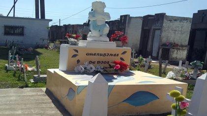 """Insólito: autoridades municipales de San Miguel entierran fetos en """"defensa de la vida"""""""