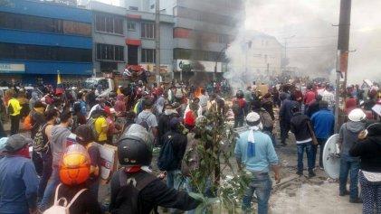 Lenín Moreno endurece la represión y el toque de queda, mientras la CONAIE llama al diálogo
