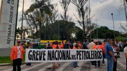 Huelga en Petrobras: el primer fuerte choque de Bolsonaro con la clase obrera