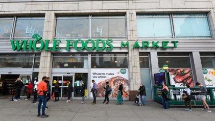 Huelga nacional de los trabajadores del supermercado Whole Foods en Estados Unidos