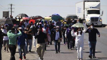 Obreros de maquilas protestan contra la reactivación en México
