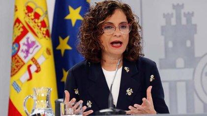 El Gobierno del PSOE y Podemos acordó más suspensiones y flexibilización con las patronales