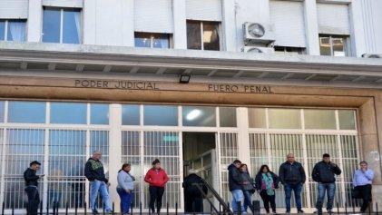 Justicia platense vulnera el derecho a la defensa de personas detenidas