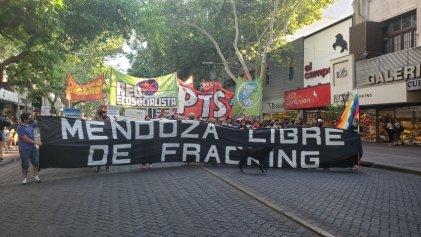 """Asamblea Popular por el Agua: """"Es necesario un impuesto a las grandes fortunas pero no para subsidiar el fracking"""""""