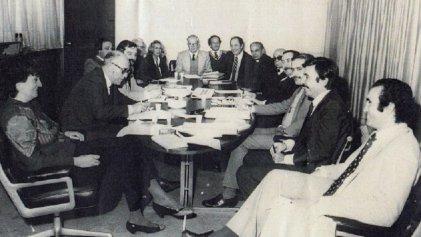 """La creación de la Conadep: Alfonsín, la desaparición de personas y el """"Nunca Más"""""""