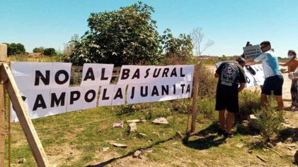 [Video] Nueva manifestación de vecinos del campo la Juanita en contra de la contaminación del basural