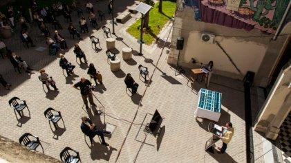 Facultad de Humanidades y Artes de la UNR conmemoró a estudiantes y docentes desaparecidos