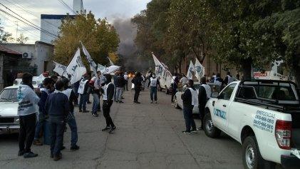 Fuerte paro de trabajadores del gas contra Camuzzi