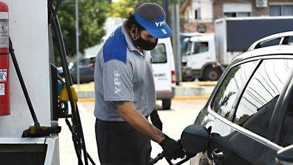 Presidente de YPF confirmó que habrá un nuevo aumento en naftas en los próximos días