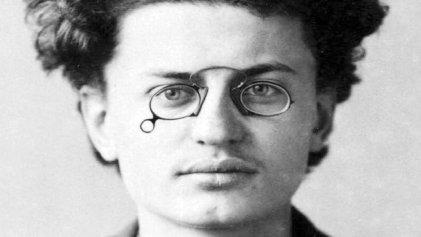 Un recorrido por la vida de León Trotsky