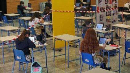 Madrid vuelve a las aulas sin condiciones seguras frente a la Covid