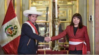 Perú: Castillo nombra nuevo gabinete de acuerdo al gusto empresarial