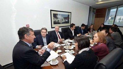 El rector se reunió con legisladores nacionales y elogió el presupuesto