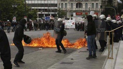 La huelga general en Grecia termina con represión