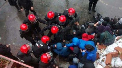Represión al barrio autogestionado de Errekaleor en Vitoria-Gasteiz