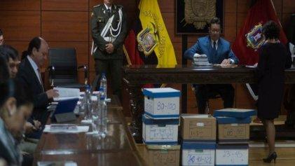Vinculan penalmente al vicepresidente ecuatoriano por corrupción