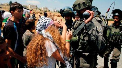 Postergan juicio a Ahed Tamimi, símbolo de la resistencia palestina