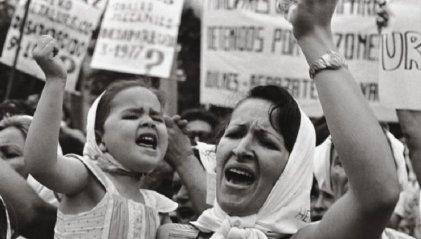 El golpe y la maternidad en cautiverio de quienes se atrevieron a desafiar el orden social