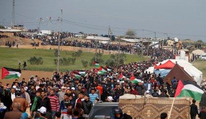 Al menos 16 palestinos asesinados por el Ejército israelí en protestas en Gaza