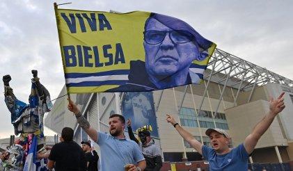 De la mano de Bielsa, Leeds United vuelve a la Premier League tras 16 años de ausencia