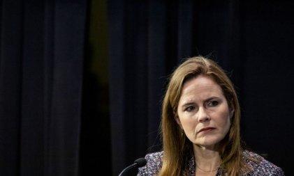 Trump propone a la conservadora y antiaborto Amy Coney Barrett para la Corte Suprema