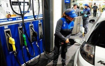 YPF aumenta los precios de los combustibles un 4,5 % en promedio