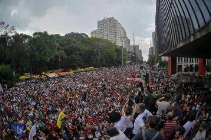 Brasil: la jornada de huelga continúa con actos en las principales ciudades