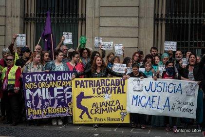 Concentración en Barcelona por el femicidio de Micaela García en Argentina