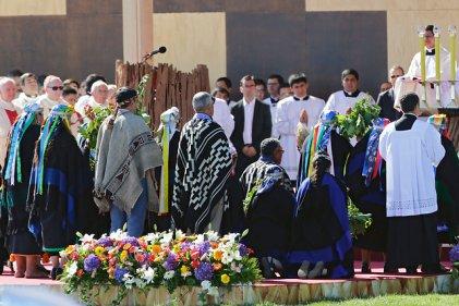 La controvertida visita del Papa en la Araucanía y la falsa unidad con el pueblo mapuche
