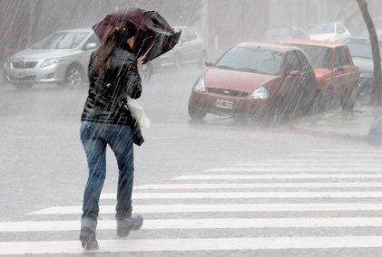 Sigue el alerta amarilla por tormentas y vientos en 15 provincias