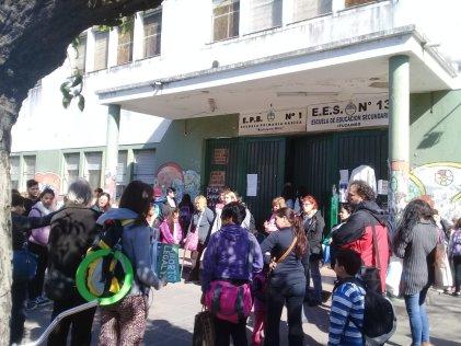 """Cinismo: en Ituzaingó la presidenta del Consejo Escolar dijo que """"ninguna escuela tiene problemas"""""""
