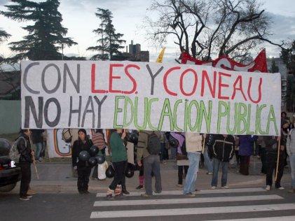 Murió Menem, pero su herencia en la Universidad sigue viva