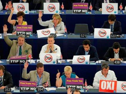 """El Parlamento Europeo avanza en la aprobación del TTIP, el tratado de """"libre explotación"""""""