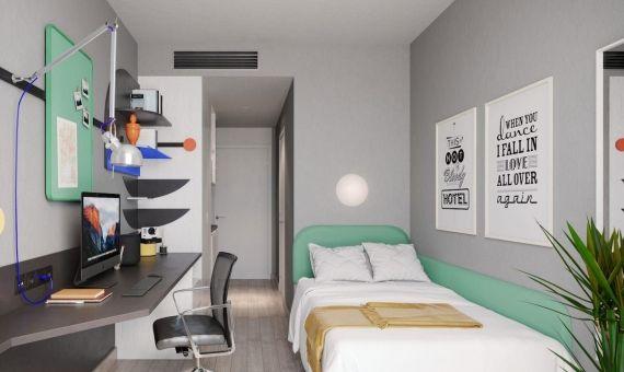 """Residencias de lujo: la """"solución"""" de la UB al problema de la vivienda de las y los estudiantes"""