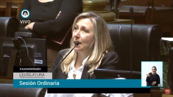 """Myriam Bregman: """"Es muy grave ceder al chantaje armado de la Bonaerense"""""""