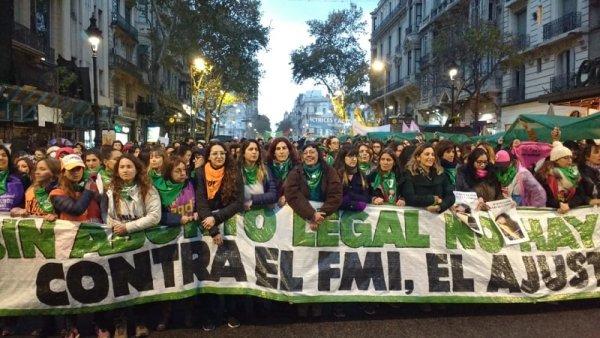 #NiUnaMenos: las mujeres vuelven a ganar las calles en Argentina