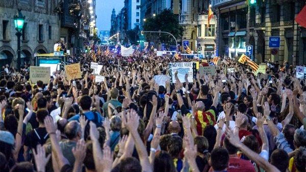 """""""Un proceso constituyente que haga efectivo el mandato popular no vendrá de lo institucional"""""""
